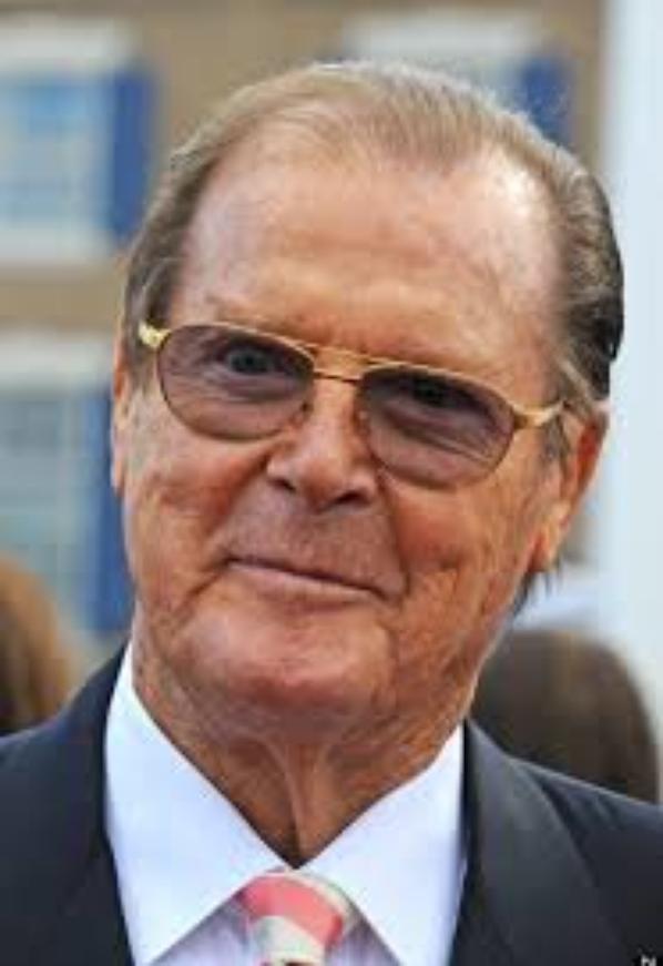 Hommage à Monsieur Roger Moore  ( Acteur Britannique )