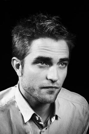 #RobertPattinson de nouveaux portraits effectué à Cannes en 2012