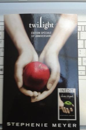 #RéceptionDuJour: Twilight de Stephenie Meyer édition spéciale 10e anniversaire comprenant A la vie, à la mort !
