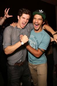 [July 19] The Cast at the Maxim, FX And Fox Home Entertainment Comic-Con Party (2)