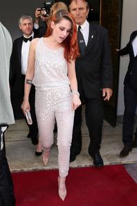 Cannes 2014 : Nouvelles photo de Kristen se rendant à l'avant première de Sils Maria le 23 mai
