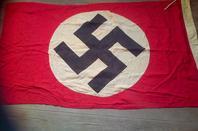 Drapeau du Parti Nazi d'origine.
