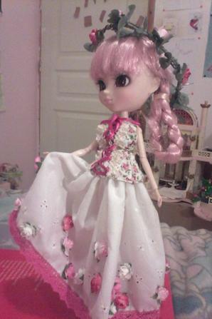 Mémoria avec une nouvelle tenue de roses partie 3