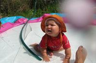 dans la piscine