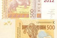 les  billets  c.f.a.  de  500   à   5.000  frs
