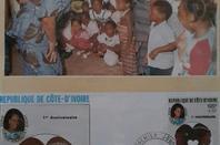 le  couple  houphouet  lors d  une  manifestation  de  soutien à  une  association d  aide  à  l  enfanc...photos  publiees  sur  artgt par  mr  henri vincent ovince vonan..merci   beaucoup