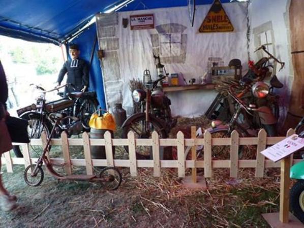 « Expo Moto Classic » à Rauville-la-Bigot, les 4 et 5 juin 2016 par le moto club LES VIEUX PISTONS DU COTENTIN