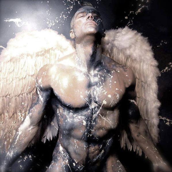 j'ai aussi une passion pour les anges