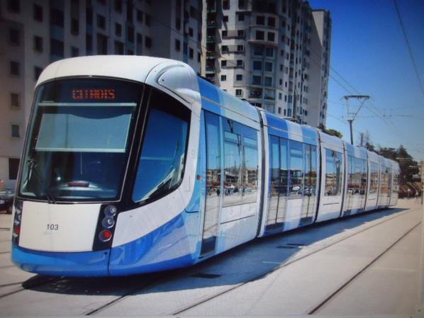 Comparer les tramway. Numéro article 34.
