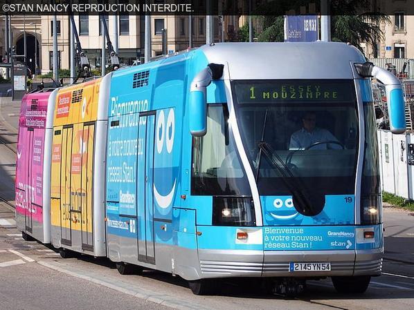 Comparer les tramway. Numéro article 40.
