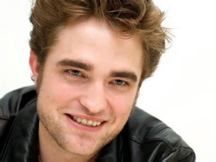 Robert Pattinson veut fêter son célibat avec Harry Styles