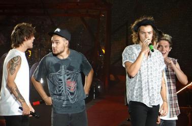 Les boys sur scène à Philadelphie le 14/08/14 (1)