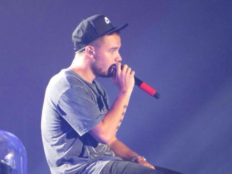 Liam sur scène à Détroit le 17/08/14