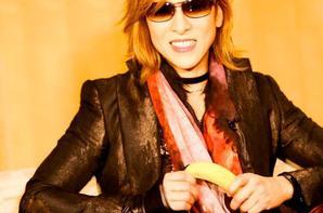 Yoshiki loves bananas ....