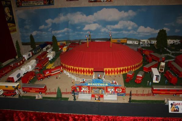 De passage à Nilvange 57240. Musée du cirque!!!!