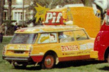 Citroen DS ID du cirque Pinder Jean Richard de 1966 .