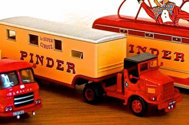 Les Camions Marmon de Chez Pinder .