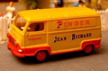 Renault Estafette Pinder .