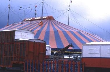 Cirque Jean Richard .
