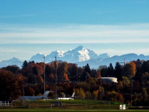 Au pied (au presque) de Mont Blanc...la piste...