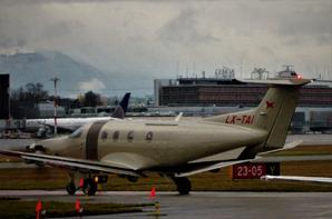 """Pilatus PC 12...la """"vrai"""" petite merveille suisse..."""