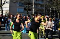 La belle danse au rythme de(s) tam-tam(s)....