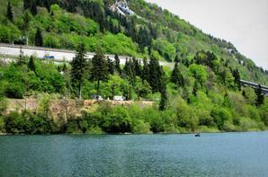 Lac  Sylans...l'eau cristalline des glaciers....