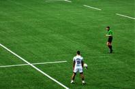 Au rugby..............