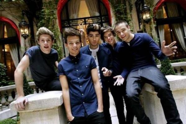 ● One Direction ; Paris ● ღ