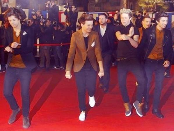 ● One Direction ; NRJ Music Awards 2013 ● ღ