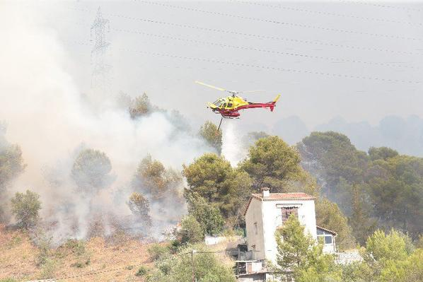 NICE Cote D'azur DIRECT. L'incendie de Castagniers hors de contrôle, les évacuations ont commencé