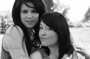 Alexine & Audrey.