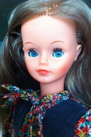 Aujourd'hui, c'est 2 superbes Cathie de Bella de 1977-78 que je vous propose.