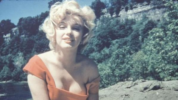 Love Me Tender -- Marilyn Video