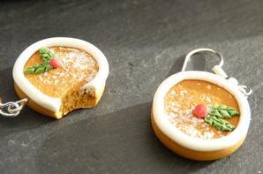 Collection de Noel (pains d'épices, bûche chocolatée et confiture d'airelles).