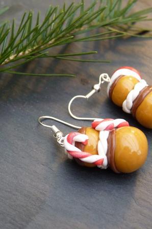 Pour les fêtes (foie gras et son toast grillé,religieuses de Noel et assiette de gourmandises).