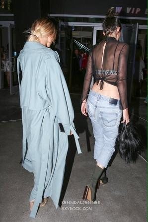 07/08/16 - Kendall et Hailey Baldwin au concert d'Adele