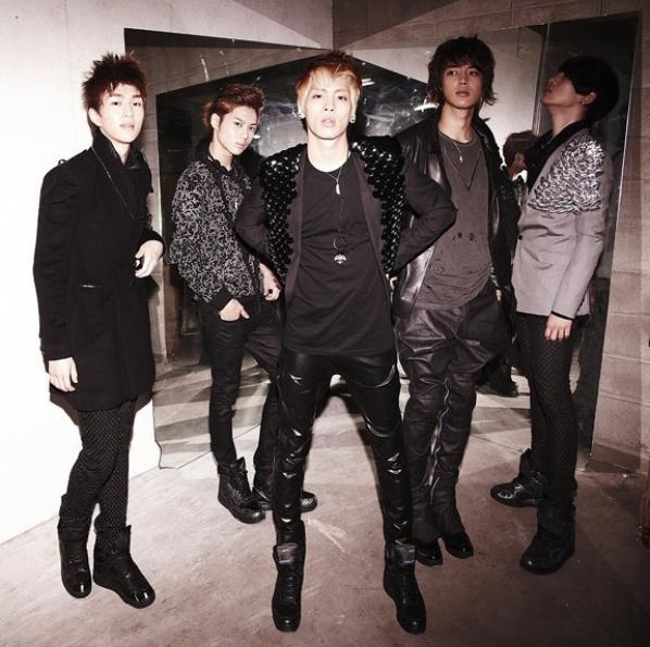 Shinee (2)