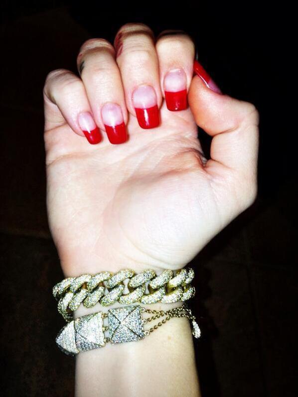 Nails Miley