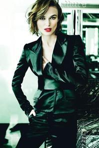 Keira Knightley pose pour Allure.