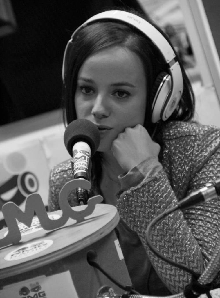 Alizée Sur RMG Radio à Grenoble