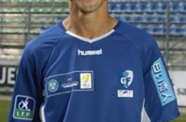 Nassim Akrour