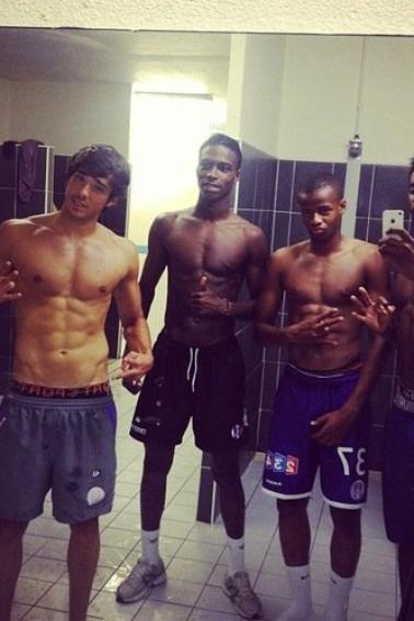 Beaux footballeurs en boxer !