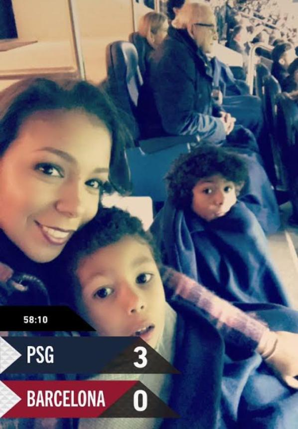 Isabelle, Isago & Iago Silva lors de PSG - FC Barcelone