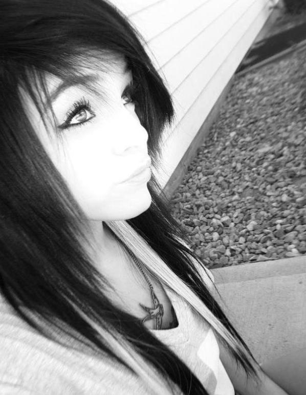 Si nous pleurons parce que le soleil n'est plus là, nos larmes nous empêcheront de voir les étoiles.