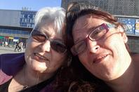 il en faut peux pour être heureux ^^ , un dimanche en famille que ça fait du bien avec ma mamoune chérie mon ti frérot ma nièce Julie , mon neveu Quentin