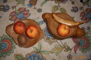 2 nouvelles coupes à fruits et sa banane