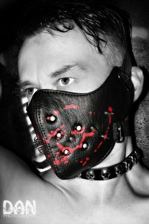 Dark-Boy par Dan Saplume
