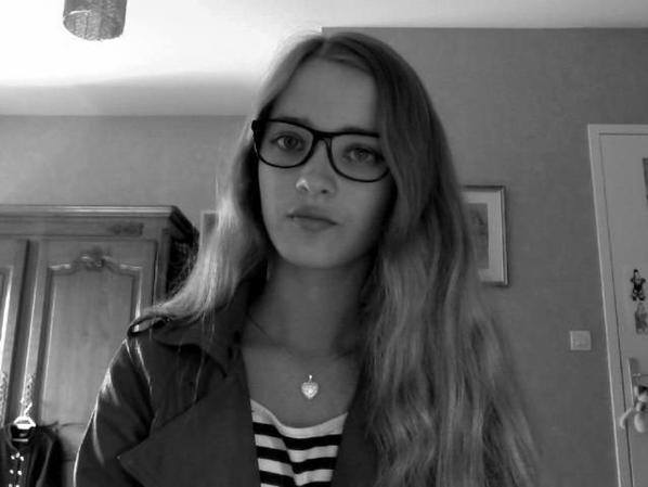 *Ich mit neue Brillen <3*