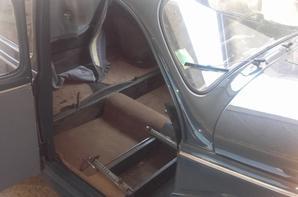 Rénovation intérieur voiture de collection peugeot 203